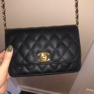 Handbags - Chanel crossbody
